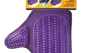 Four Paws Purple Love Glove Cat Grooming Mitt